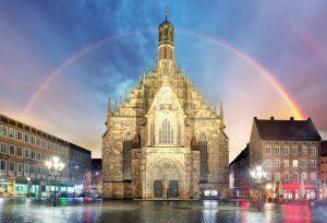 Frauenkirche, Hauptmarkt mit Regenbogen. Impressionen aus dem Nürnberger Norden von Barbara Regitz